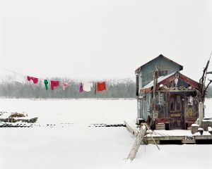 """Alec Soth, Peter's houseboat, Winona, Minnesota. From """"Sleeping by the Mississippi"""" (MACK, 2017). Courtesy of the artist and MACK"""