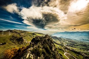 Etna Explosion landscape