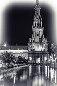 Plaza de España - BW Drama