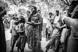 Khushboo with kids from her community.