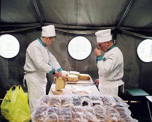 Army Cooks, Moscow, 2007 © Martin Kollar