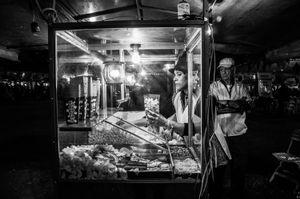 The popcorn vendor