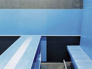 Almere #16, 2007, c-print, 82x104 cm  © 2013 Matthias Hoch/ VG Bild-Kunst Bonn