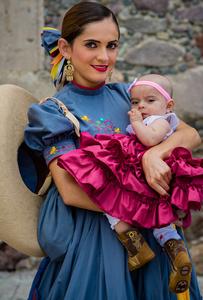 Escaramuza Cowgirl