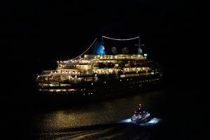 KREUZFAHRER - Abschied | cruise ship departing