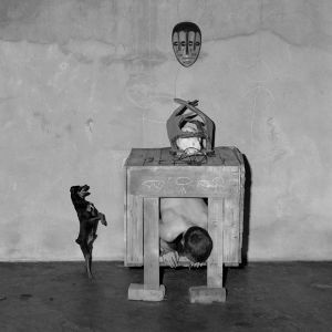Appearances, 2003, from the series Boarding House © Roger Ballen