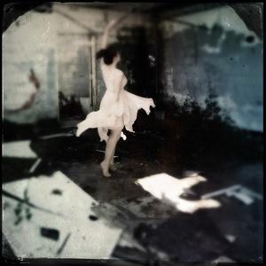 Dancer of Ruins