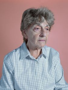 Clara (77)