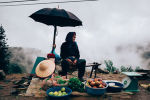 Selling food above the clouds
