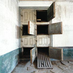 Mortuary, hospital wing, Ellis Island, USA © Dan Dubowitz