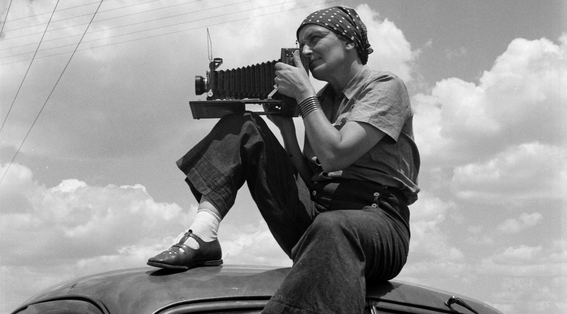 Photography and Social Change: Dorothea Lange and the Politics of Seeing