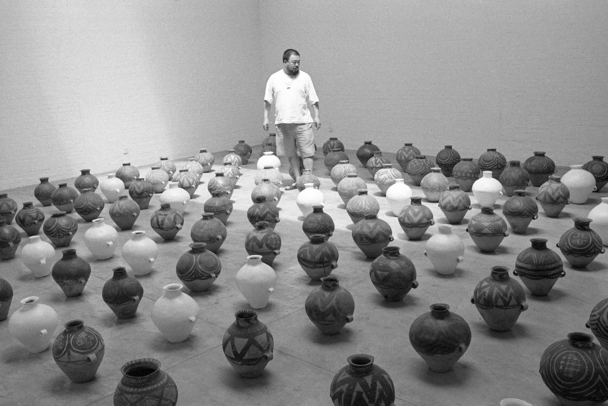 An Opening Door - Photographs by Ai Weiwei | Review by W. Scott Olsen | LensCulture